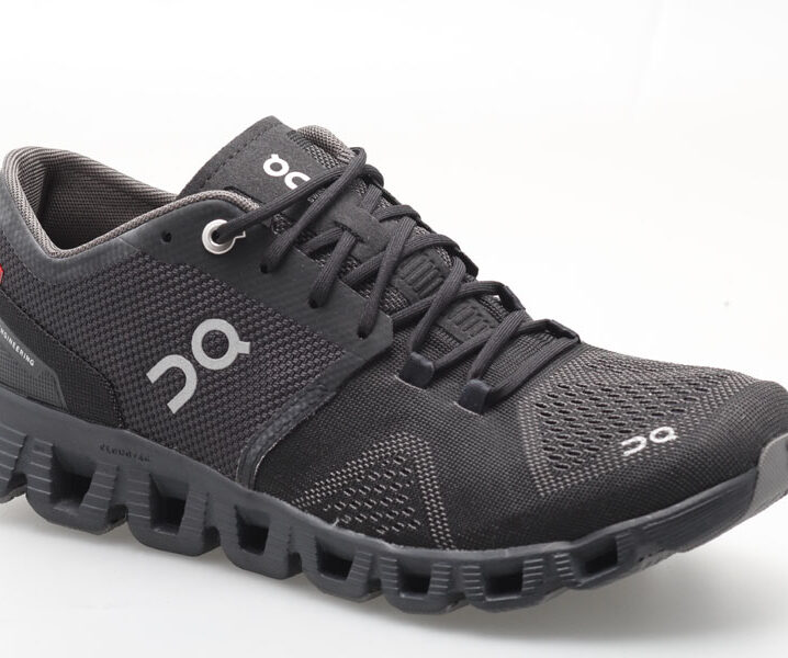On shoes cloud X heren (us size)